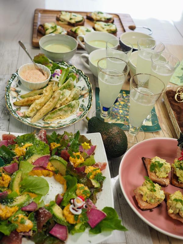 12月のクリスマス特別企画・アボカド料理教室の様子です。