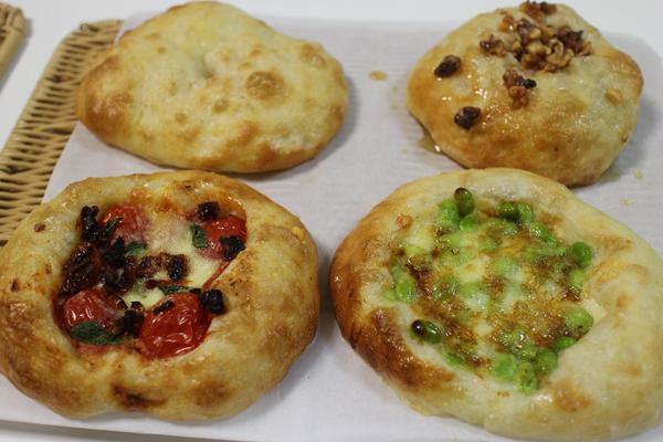 塩パン(ホシノ天然酵母 中種)