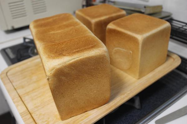 食パン(ホシノ天然酵母、イースト)