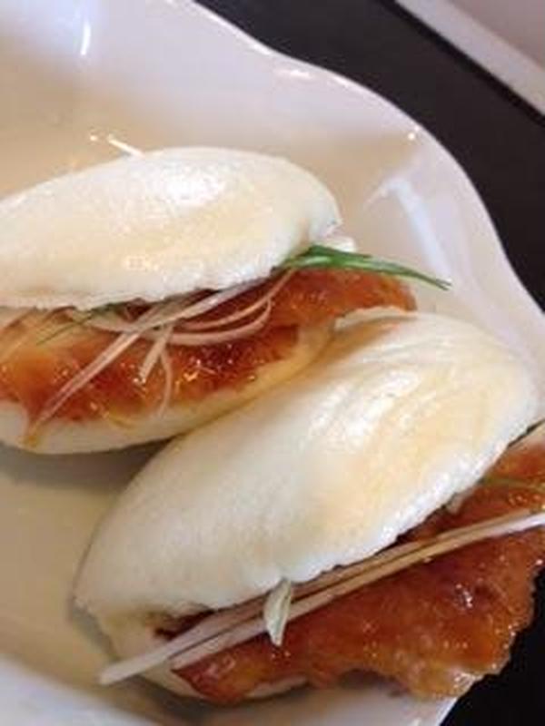 9月28日 中華パン《角煮まん》とお菓子《月餅》