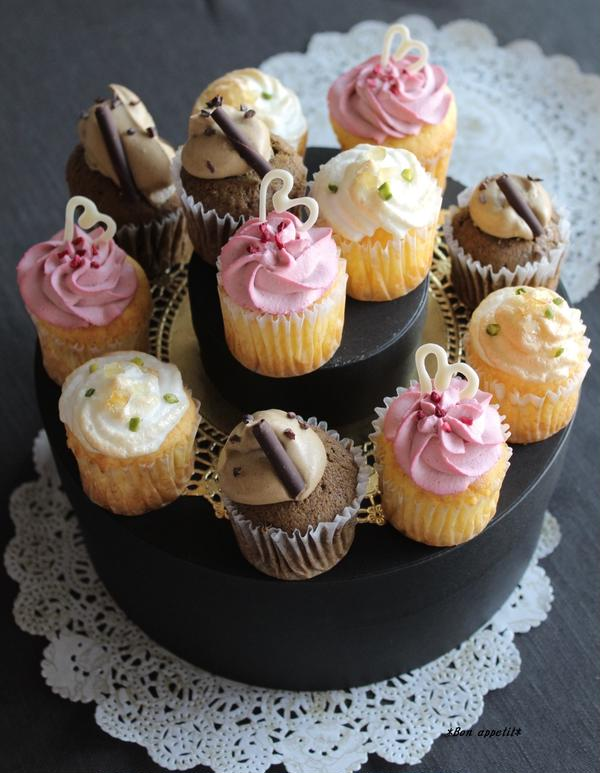 *3種類のカップケーキ*