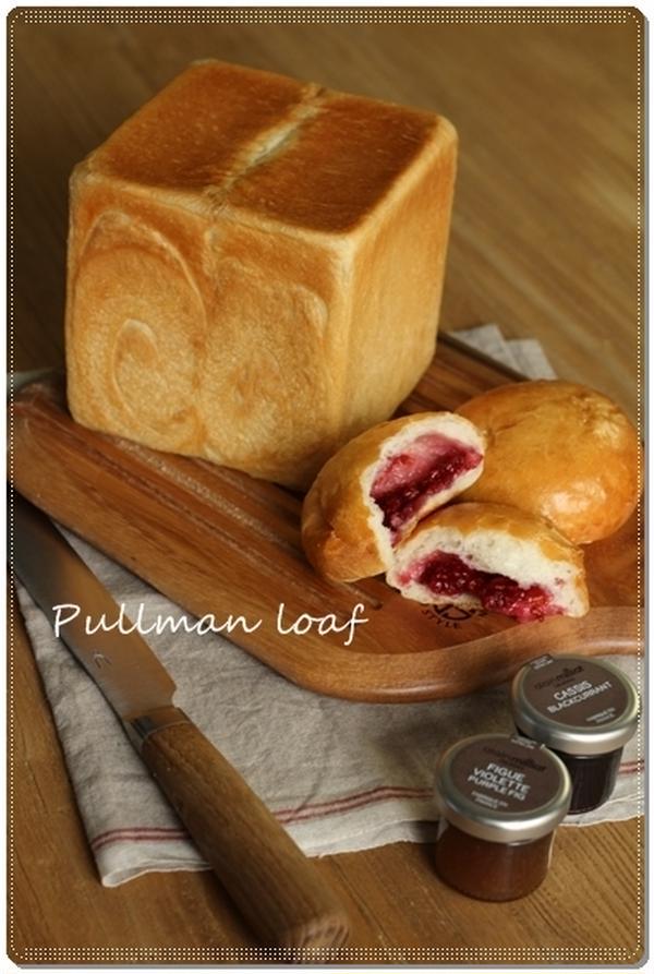 『湯種角食パン』 しっとりときめ細かく、とてもソフトな食感。