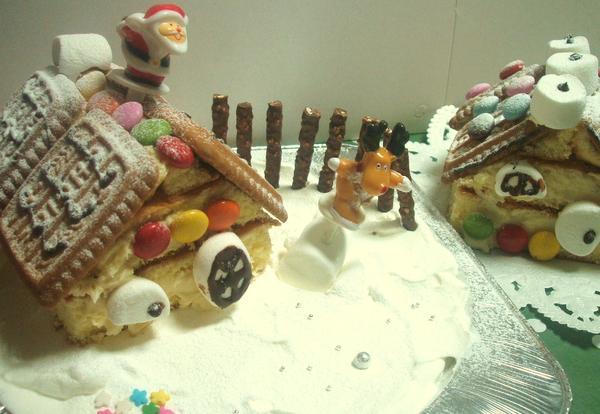 クリスマス親子レッスンです「お菓子のおうち」
