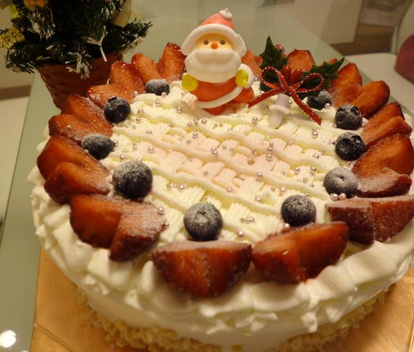 クリスマスケーキは手作りが一番美味しいと言わせたい