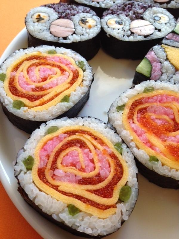 飾り巻き寿司 バラ