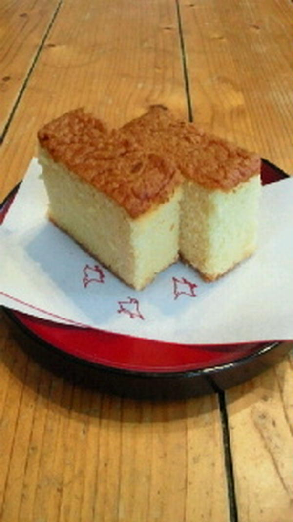 3・4月の米粉菓子コースの米粉カステラ