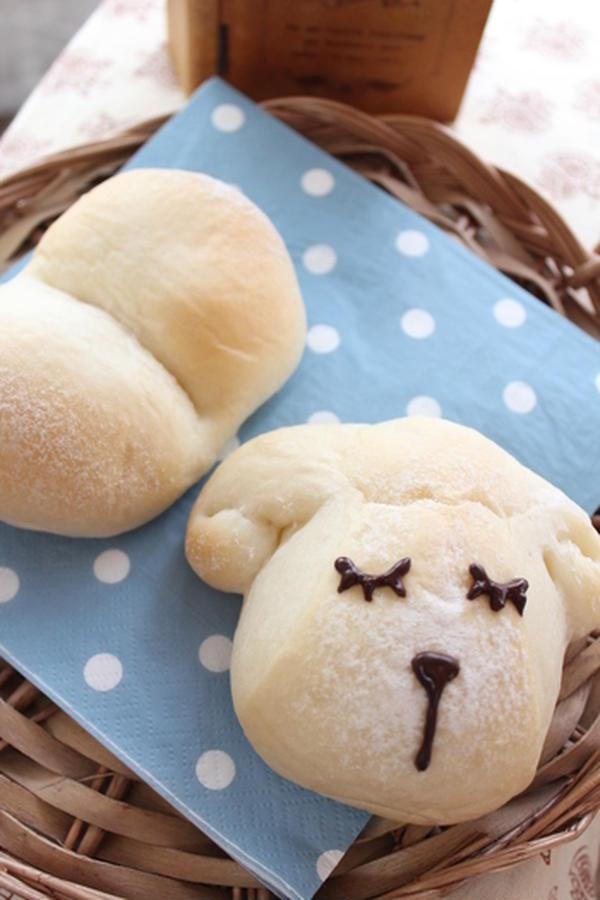 白パンでひつじちゃん♪
