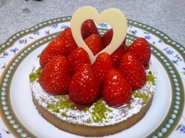 イチゴのタルト(4月のレッスン)