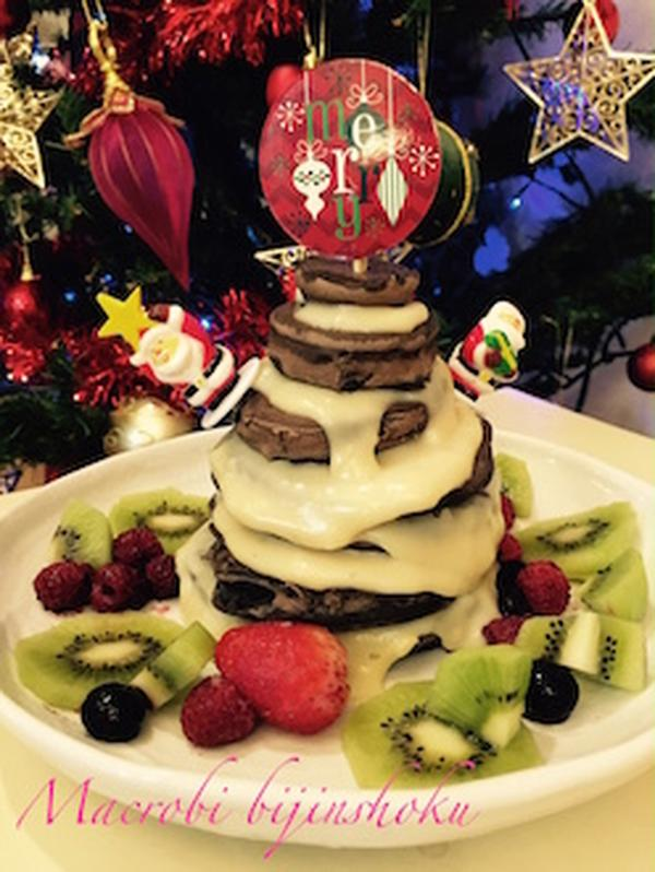 27年の12月は米粉のパンケーキでツリーをつくりました♪