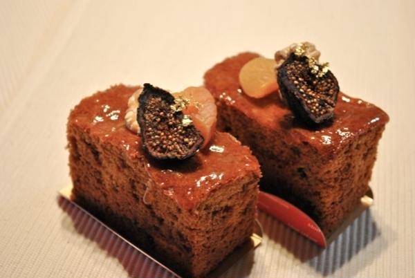 9月のメニュー【カラメルパウンドケーキ】