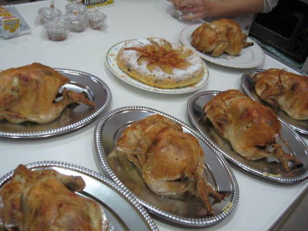 大人気!!クリスマス料理教室・ローストチキン&アップルケーキ