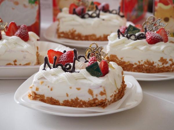 12月のレッスンではケーキも作りました。