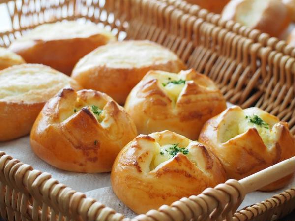 ポテマヨパンとバターシュガーパン