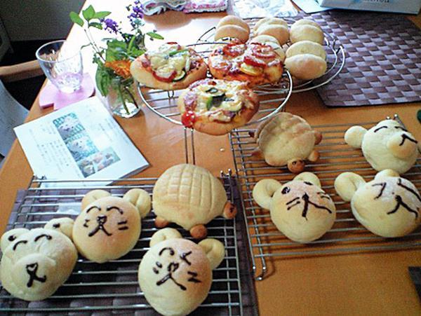 親子パン教室では可愛いパンを沢山やきました!
