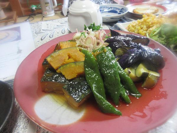 7月の料理で夏野菜の揚げ浸しです