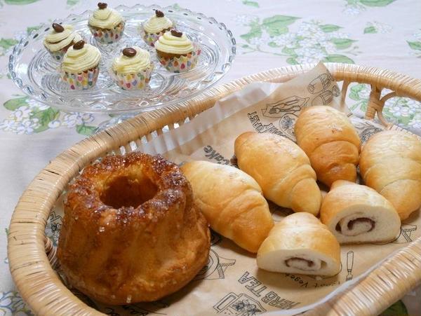 7月のワンデイレッスン クグロフ、あん塩パン、コーヒーケーキ