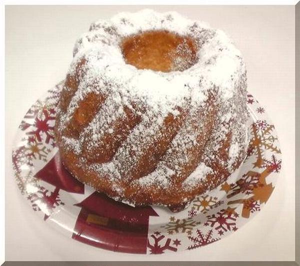 今月は★クリスマスのパン≪クグロフ≫を焼きました♪