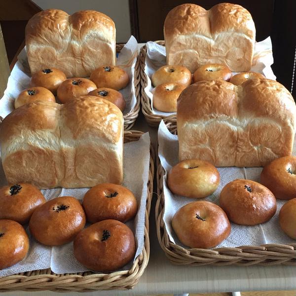 レッスンでは自分のパンは自分で作ります。