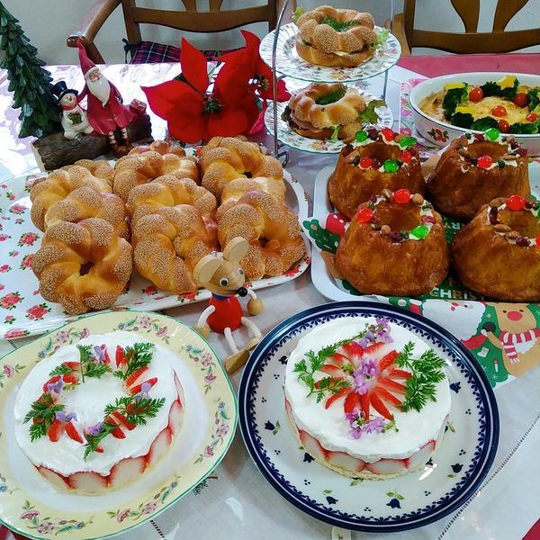 クリスマス!パンもケーキも手作りで。