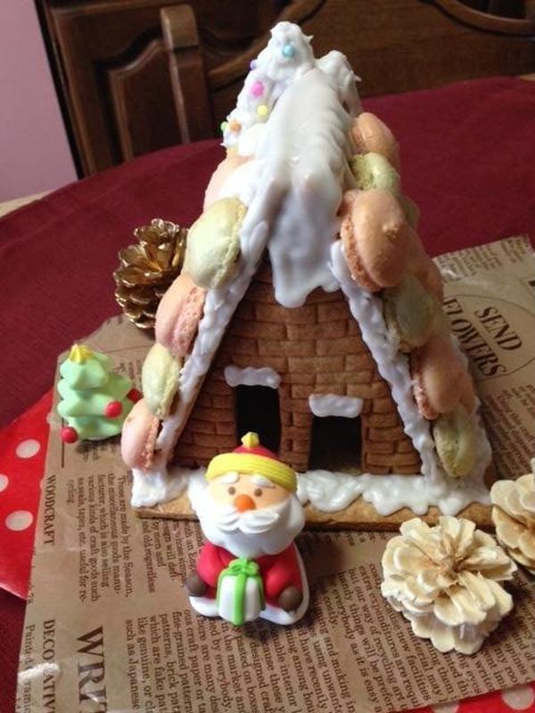 クリスマスシーズンにヘクセンハウスお菓子の家♪