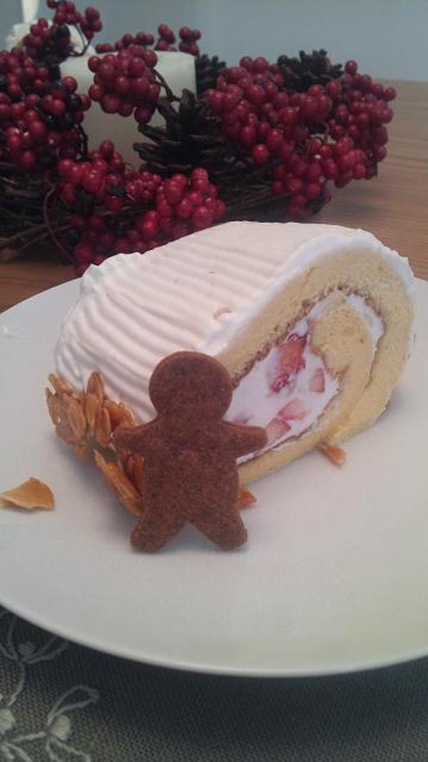 12月はブッシュドノエルとクリスマスのクッキーでした☆