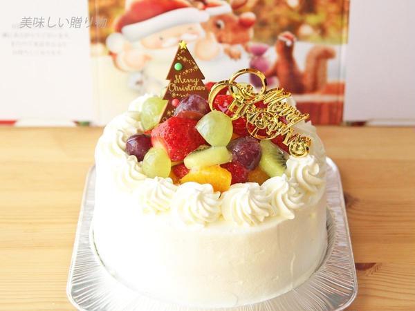 フルーツたっぷりのクリスマスケーキです。