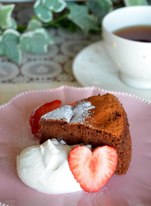 デザートで作ったスフレチョコレートケーキ