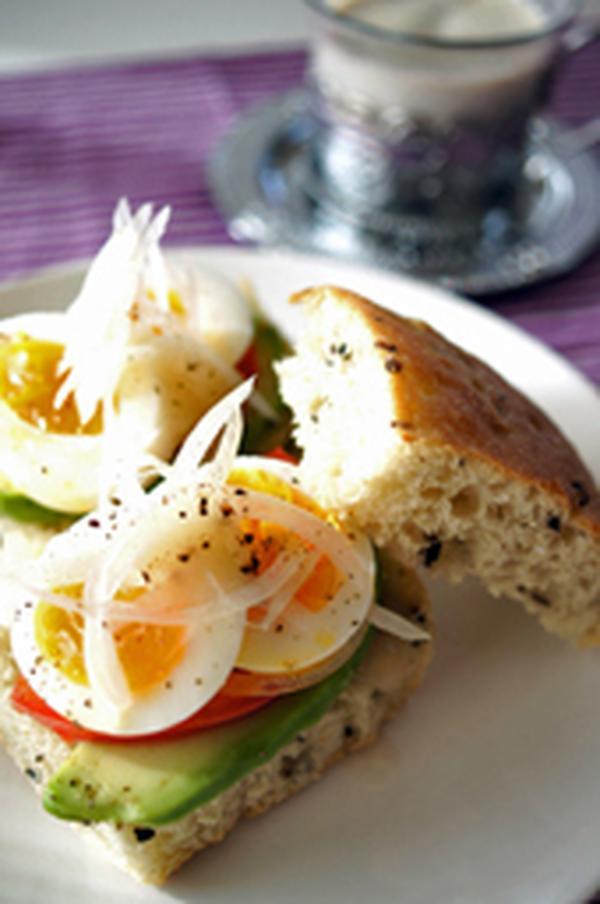 フォカッチャはサンドイッチで美味しくヘルシー