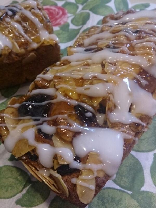 ドライフルーツとナッツのケーキ(1月)