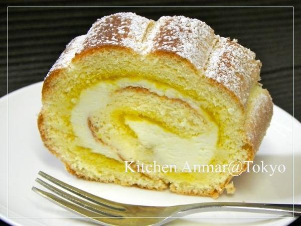 「うずまきパン」をイメージしたケーキ♪♪島人参ジャム入り。