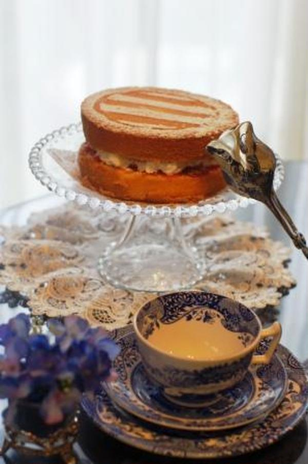 歴史をテーマにお菓子はビクトリアンサンドイッチ。