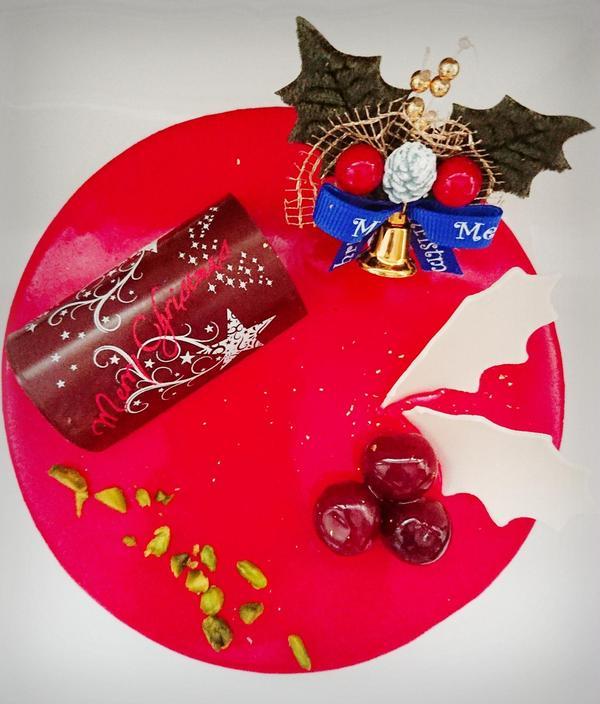 2019 クリスマスケーキ 【グリオット・ピスターシュ】