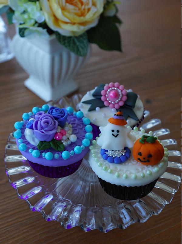 シュガーペーストで作る『ハロウィンカップケーキ』