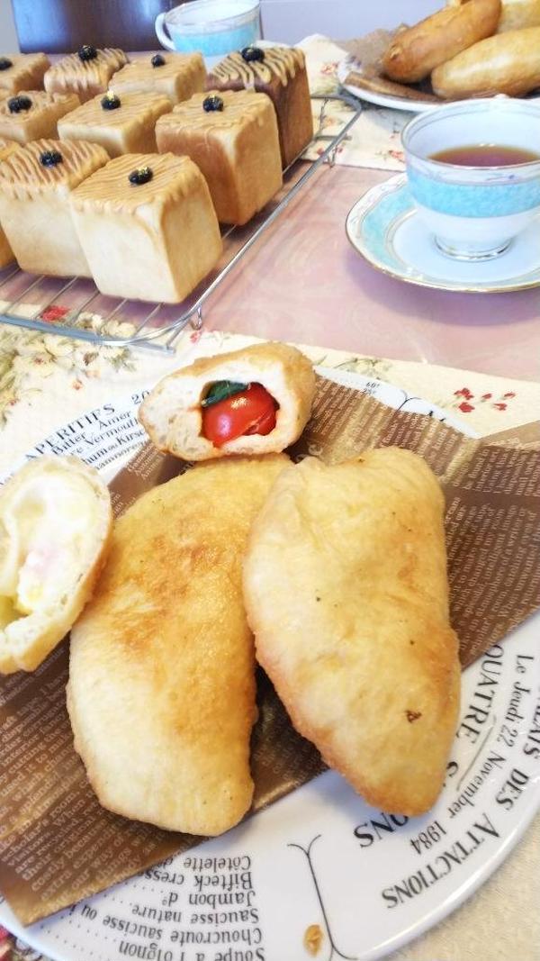 「パンツェロッティ」「黒豆ときな粉クリームのキューブパン」