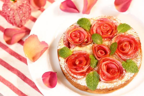 林檎の薔薇ケーキ