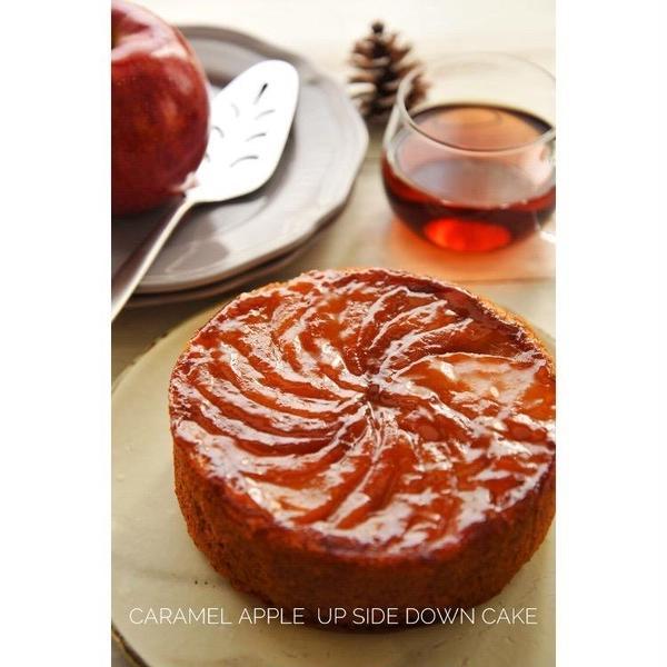 11月キャラメルりんごのアップサイドダウンケーキ