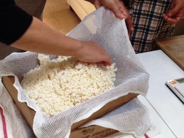 麹士資格取得講座 「麹造り」マンツーマンで行います。