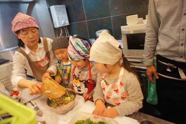 納豆フライ料理3種(大葉包み・春巻き・海苔巻き)のレッスン