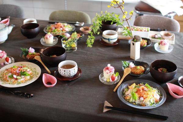 和食テーブルの一例です