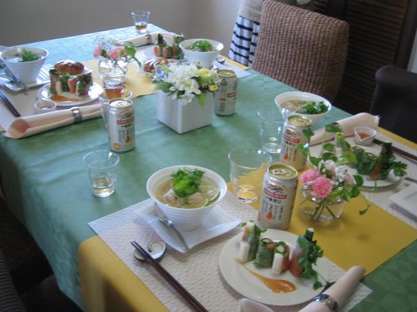 お食事会「鶏のフォーと生春巻き」