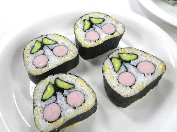 飾り巻き寿司・さくらんぼ
