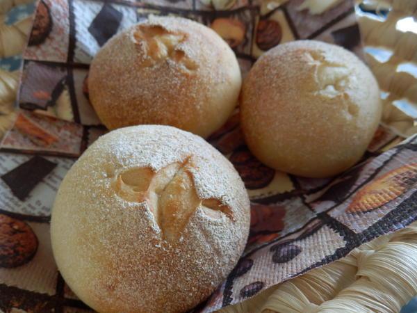 手軽に美味しいパンが焼けます。