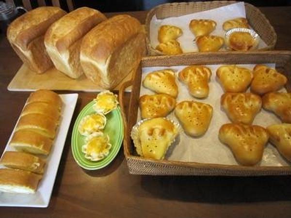 バタートップ いちごジャムパン ロールケーキ