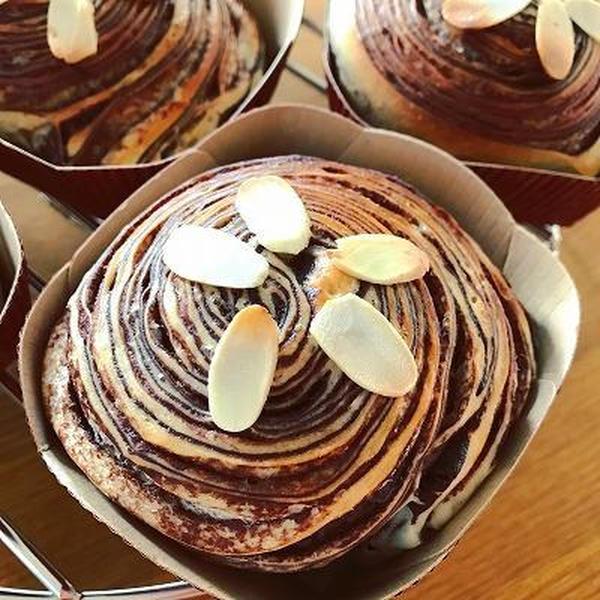 チョコレート折り込みパン