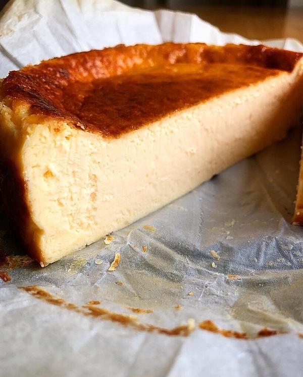 7月 バスクチーズケーキ