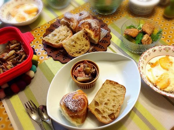 自家製天然酵母パンやサラダなどとお楽しみのご試食!
