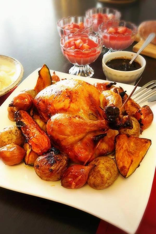 クリスマスレッスンの丸鶏のローストチキン