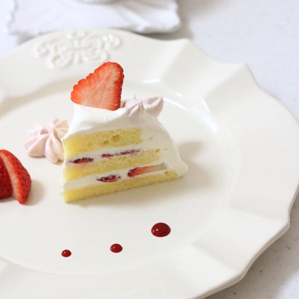 イチゴのドームケーキ♪