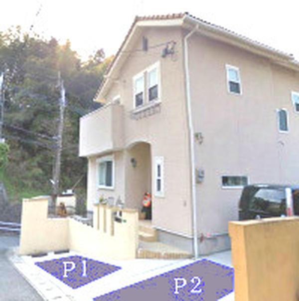 駐車場自宅前に2台 近くに2台分あり