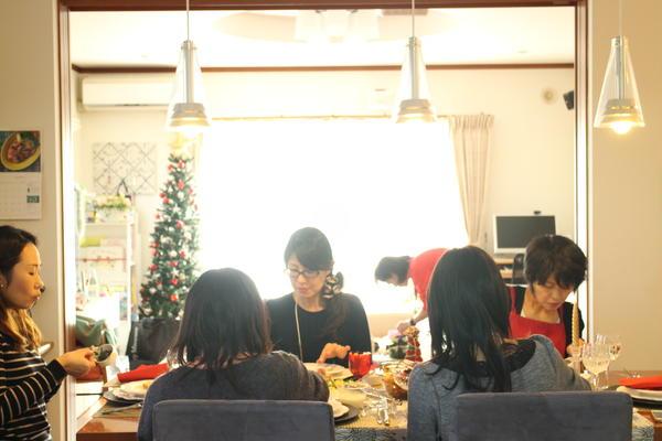クリスマスのパーティーレッスン。お食事タイム。